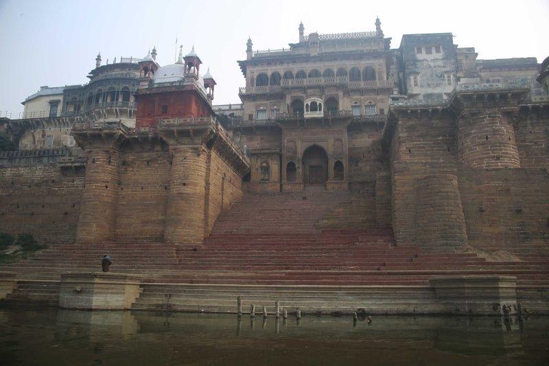 vns ramnagar fort water