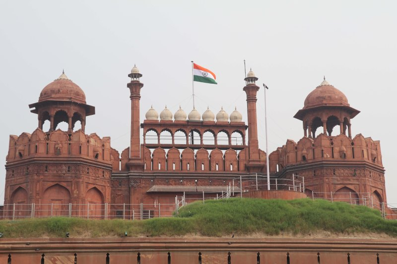 red-fort-tiranga