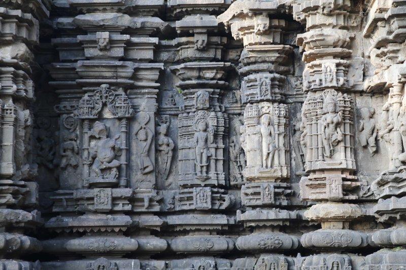 ambernath stone carvings