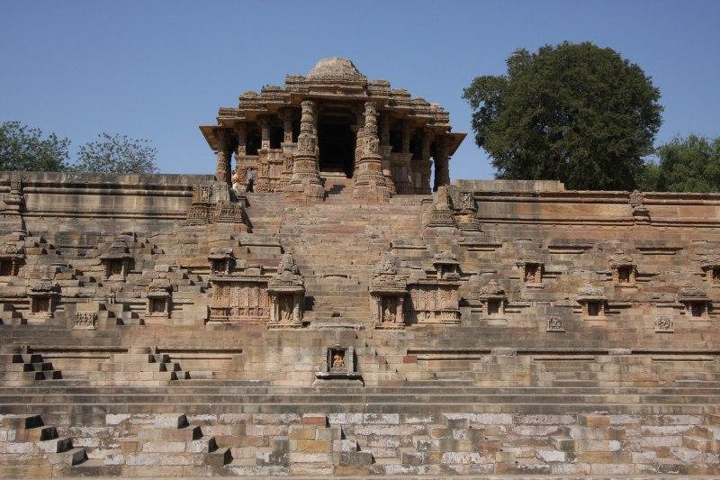 modhera tank temple