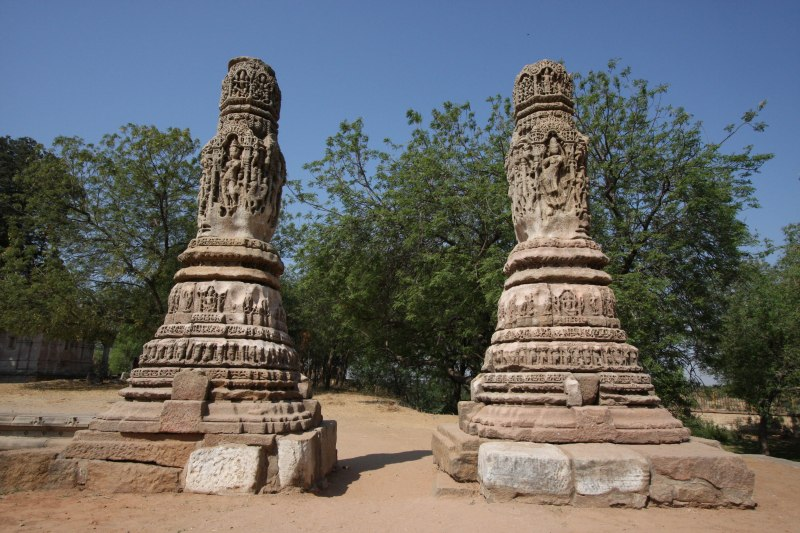 modhera torana pillars