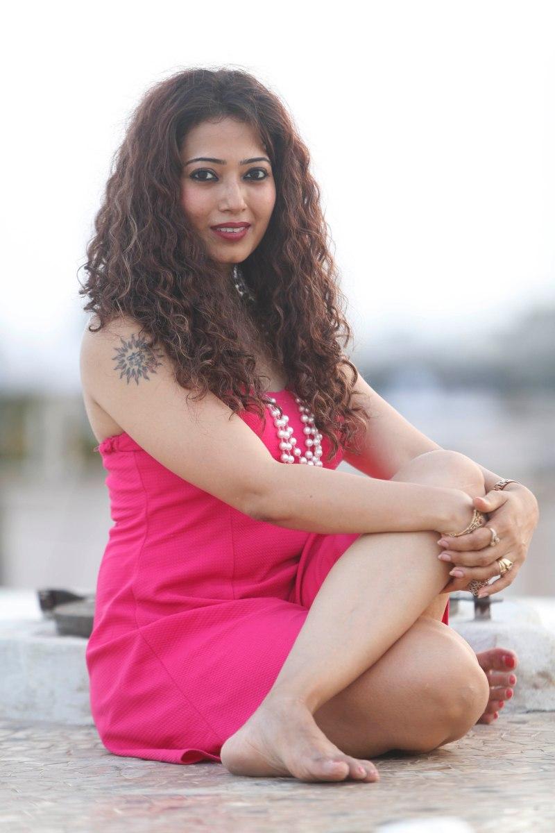 shweta pink5