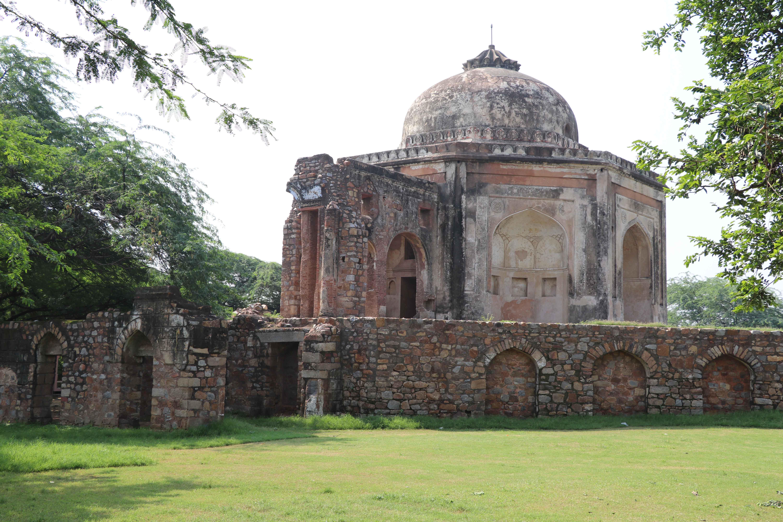 Meh26 Mohd quli khan tomb