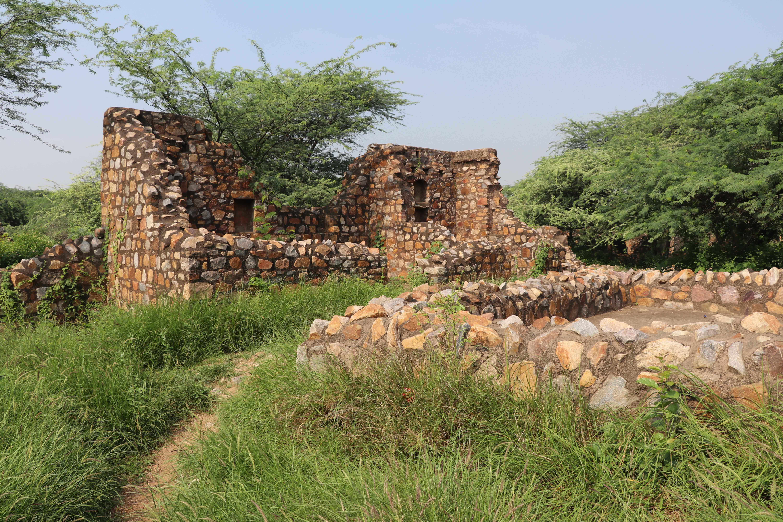 Meh36 ruins2