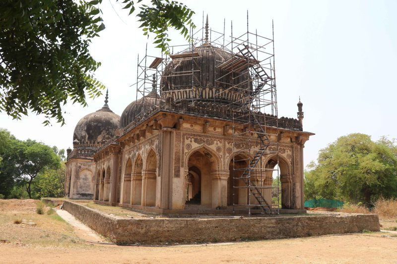 Qutb tombs10