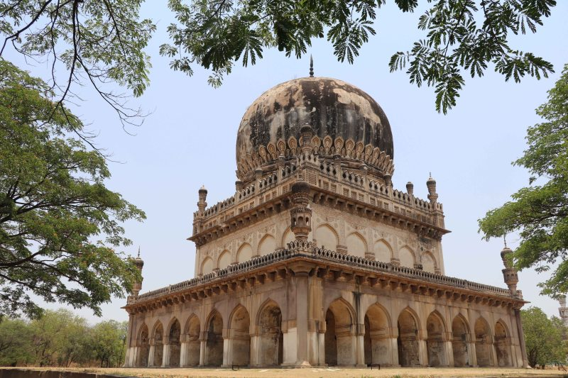 Qutb tombs30