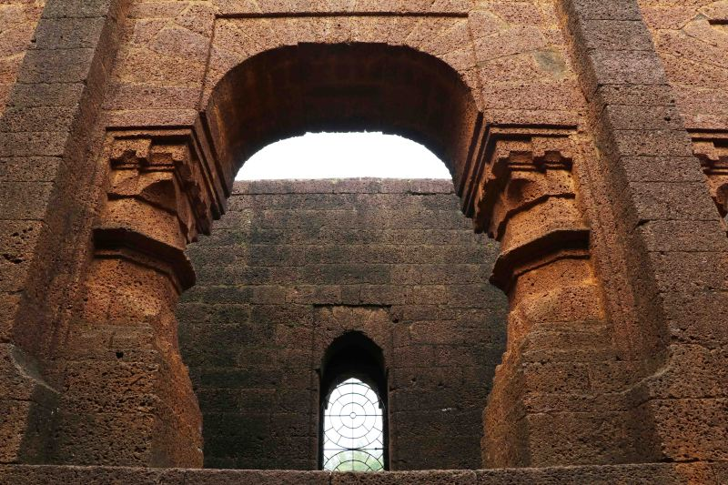 20 Bishnupur big door laterite