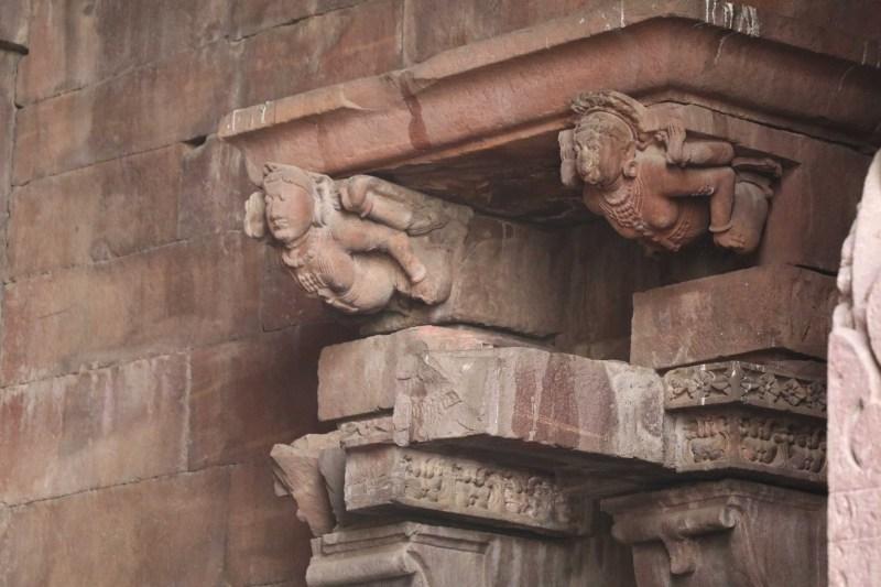 Bhojeshwar capitals2