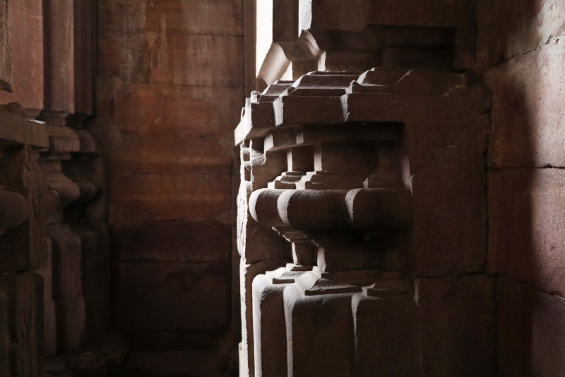 Bhojeshwar column shadows