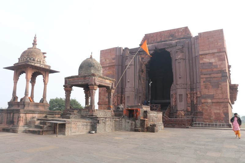Bhojeshwar facade