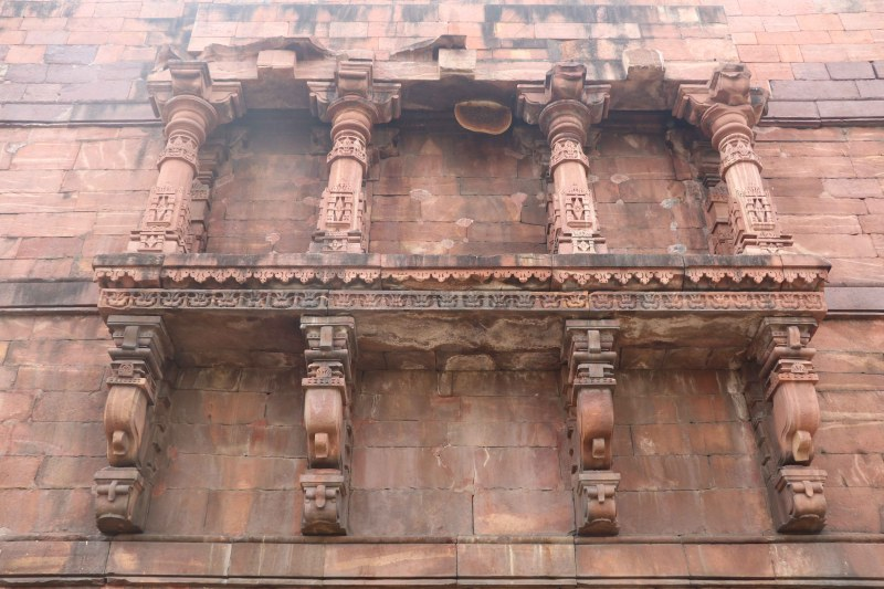 Bhojeshwar side wall